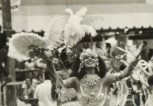 A deusa Clara Nunes em seu último desfile pela Portela, em 1983.