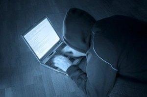 530759-Não-é-difícil-encontrar-pessoas-mal-intencionadas-na-internet.